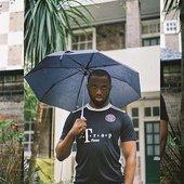 Headie One w umbrella