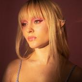 Zara Larsson, DIY Magazine