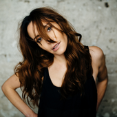Nerina Pallot (Photo by Tommy Reynolds) [PNG 02]