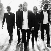 Switchfoot black and white
