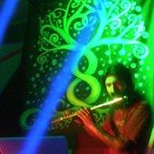 www.myspace.com/flootinggrooves(2)