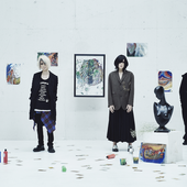 New look to 十色定理  release