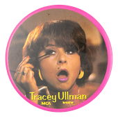 EN-tracey-ullman-button_busy_beaver_button_museum.png