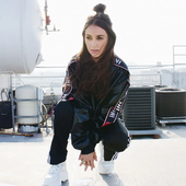 amy shark - dt.png