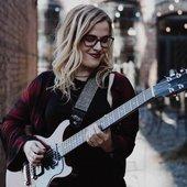 Meg Williams guitar