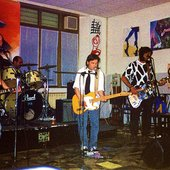 Effetto-Doppler__italian-rock-band_with_Dario-Antonetti__live2002pix