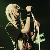 THE PRETTY RECKLESS LIVE
