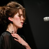 imogen heap - performance