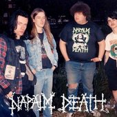 Here's a killer old NAPALM DEATH pic from about 30 years ago...the classic line up with Lee, Bill, Shane & Mick!