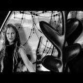 "Móa in \""Joy & Pain\"" Music Video"