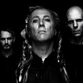 a-perfect-circle-the-doomed-1000x502.jpg