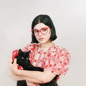 soko and the cat