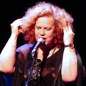 Sarah Jane Morris & Antonio Forcione - Compared to what - Sarah-Jane live-2.JPG