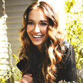 Lauren Daigle!