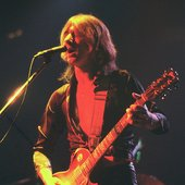 Mick Ralphs – guitars, backing vocals, keyboards (1973–1982, 1986–1999, 2008–present) Bad Company