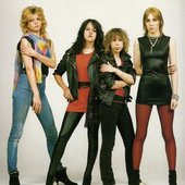 ob_47e91a_kelly-johnson-girlschool-02.jpg