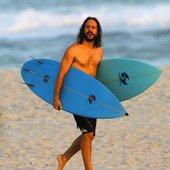 Solitário Surfista 🌊🏄😍
