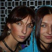 Atmasfera: Юля и Настя Яремчук
