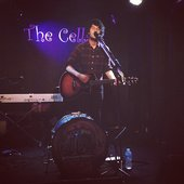 Billy Lockett playing at The Cellars, Eastney