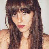 Sasha Sloan.jpg