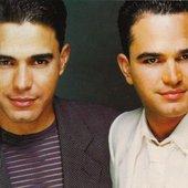 Zezé Di Camargo & Luciano (1998) .jpg