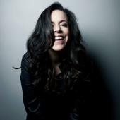 Bebel Gilberto - Foto de Daryan Dorneles.png