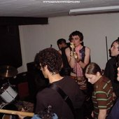 http://www.returntothepit.com/concert.php?date=2002-06-06&band=trillian_barnacle_laspe/
