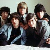 The-Rolling-Stones-Bill-Wyman-Keith-Richards-1964.jpg