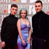 Clean Bandit - Brit Awards 2017