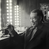 duke-ellington-ambassador-hotel-los-angeles-1972-photo-baron-wolman.png