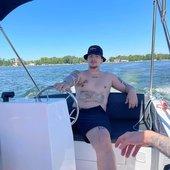 łajcior 2115😎🤙 na łódce
