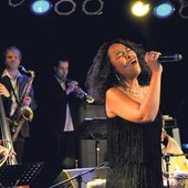 The Bahama Soul Club feat. Pat Appleton