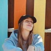 anna clendening smiling