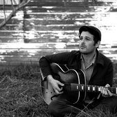Gregory Alan Isakov, photographer unknown, source: huffingtonpost.com