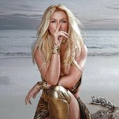 Britney Spears - Swimming in the Stars (UHQ)