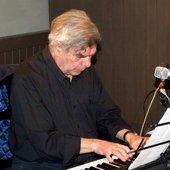 Muzicianul-Marius-Popp-a-murit.jpg
