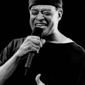 Al Jarreau on stage