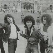 1980_MRV_-_Buckingham_Palace_London.JPG