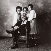 Staple-Singers-1977-BW.png