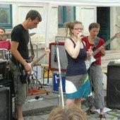 "live zur \""Bunten Republik Neustadt\"" 2012, Cafe Laika"