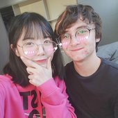 Lilypichu & Micheal Reeves