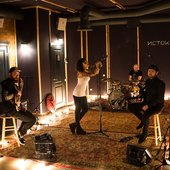 in studio 2107