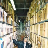 Sub-zero warehousing circa 2000-2001 (note the fingerless gloves!)