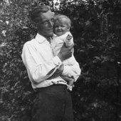 Carl Orff 1921 Mit Tochter Godela