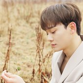 CHEN : Digital Booklet : 'April, and a flower' from iTunes