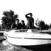 shellac-speedboat-LST007743.jpg