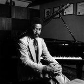 allen-toussaint-portrait-at-piano.jpg