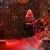 Phoebe Live on SNL