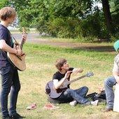 akustisch im Park