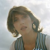 Aldous Harding by Clare Shilland (Cropped)